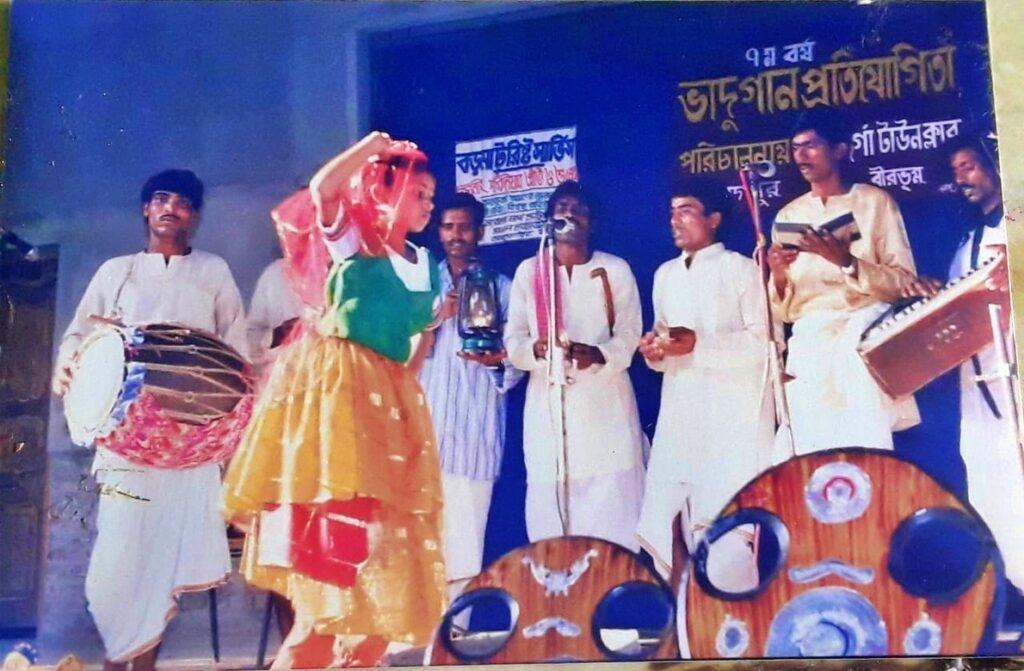 আজ কোথায় 'ভাদু'! এক সময় আমোদপুরেই বসত ভাদু প্রতিযোগিতার আসর 2`