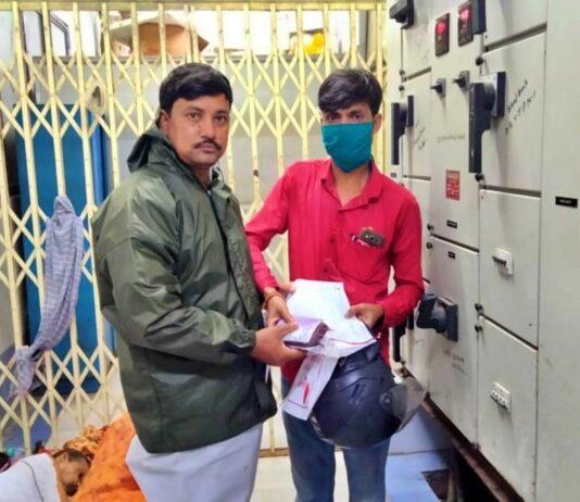 বরাবরই অসহায় মুমূর্ষু রোগীদের নিশ্চিত ভরসা 'রক্তযোদ্ধা' লাল্টু মিদ্যা