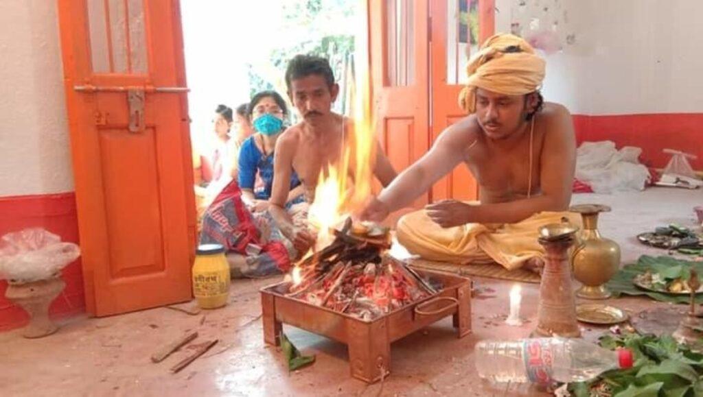 ব্যতিক্রমী দুর্গাপুজো : এখানে পুজো করা হয় নবপত্রিকা বাসিনী দুর্গার